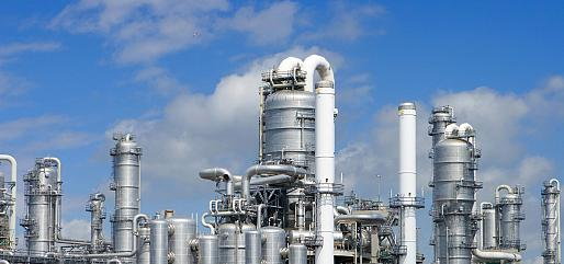 Measuring level and density in fluidized catalytic cracking (FCC) processes  - Berthold Technologies
